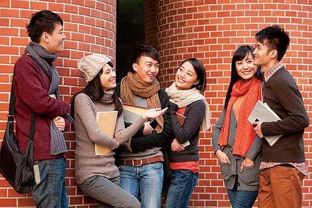 7月初,美方拒签500余名留学生的消息在网